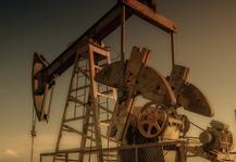 油价暴涨后,原油减产再生波折,美国页岩油公司都危险了吗?